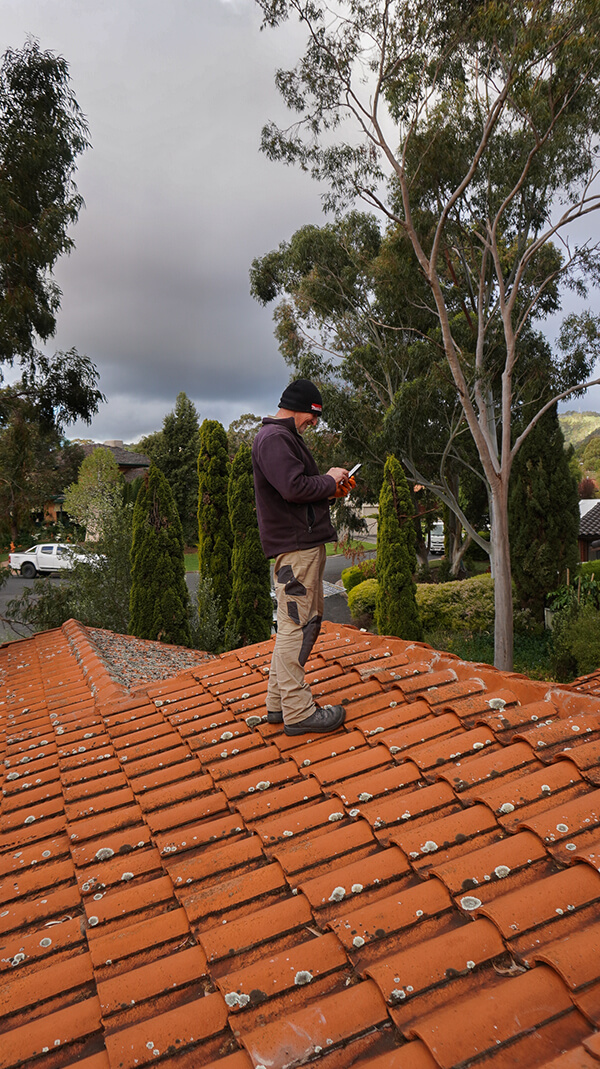 Ways to prevent a leaking roof… without spending extravagantly